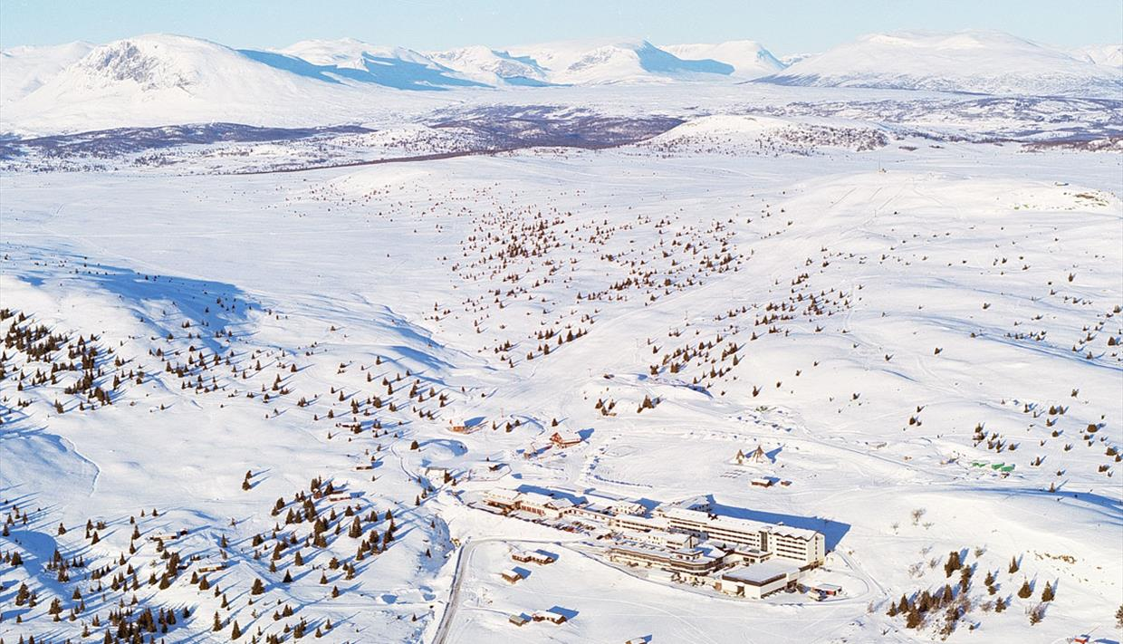 Storefjell Resort Hotel is situated on Golsfjellet, between Valdres and Hallingdal