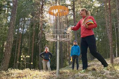 Disc golf at Valdres Storhall in Leira.